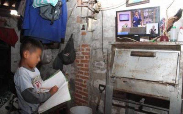Pide S-59, donación de aparatos electrónicos para que niños sigan con sus estudios
