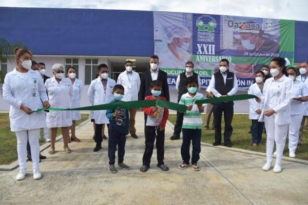 Inaugura Alejandro Murat área de Infectología en Hospital de la Niñez Oaxaqueña