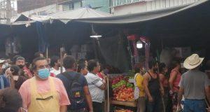 Ambulantes se enfrentan a inspectores y policías de Oaxaca de Juárez