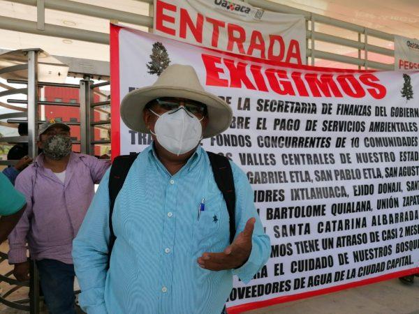 Comuneros de Etla bloquean Ciudad Administrativa