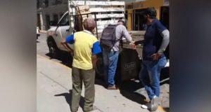 Inspectores de Oaxaca de Juárez quitan mercancía a adulto mayor