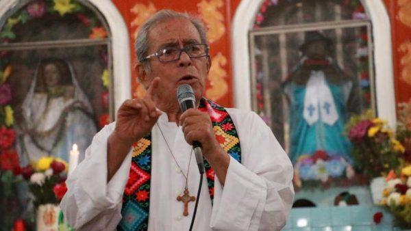 Obispo de Tehuantepec se encuentra delicado tras complicaciones por covid-19
