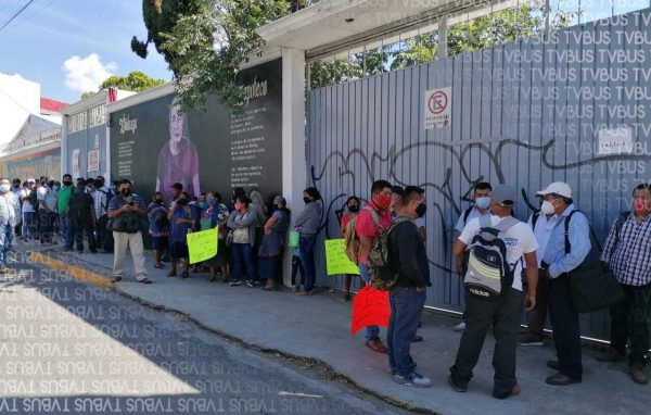 San Martín Peras y Valle Nacional protestan en el INPI, piden cumplimiento de acuerdos