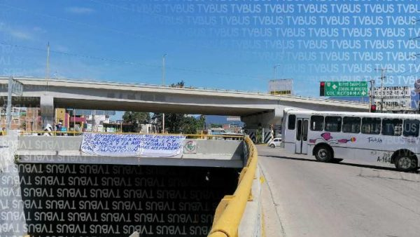 Estudiantes y STEUABJO desquician la ciudad de Oaxaca