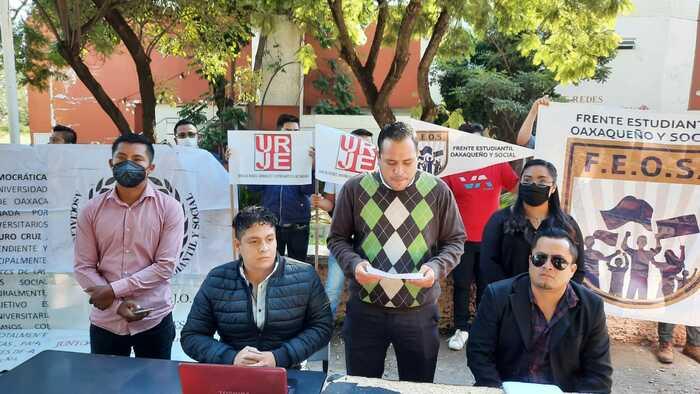 Desconocen a Francisco Velázquez como representante de Frente de Organizaciones Estudiantiles de la UABJO