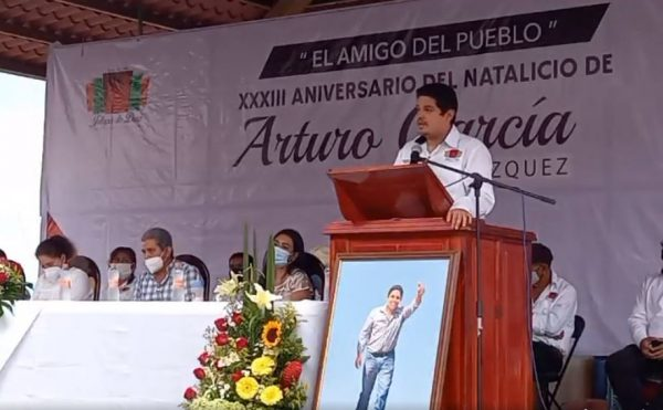 Conmemoran en Jalapa de Díaz, cumpleaños del extinto edil Arturo García Velázquez