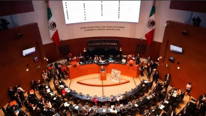 Avala Senado desaparición de fideicomisos, luego de aprobación, aplaudieron a AMLO