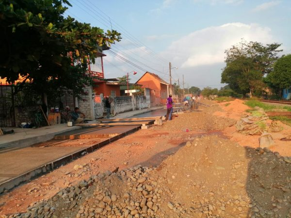Intenta Ferrosur, parar obra de Loma Bonita