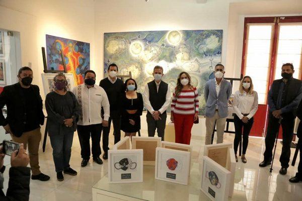 Artistas Oaxaqueños pintan cubrebocas para recaudar fondos y apoyar a causas sociales