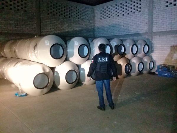 Tras cateo en Ocotlán, Fiscalía asegura más de 50 tinacos con reporte de robo