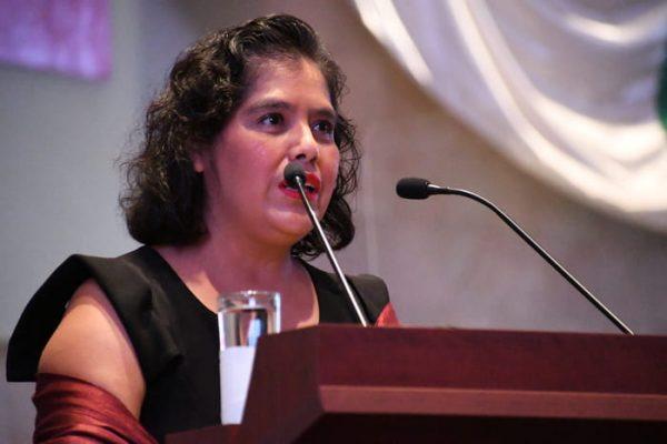 Exhibe Laura Estrada omisión de Murat en materia de justicia y salud, durante el Segundo Informe en el Congreso de Oaxaca