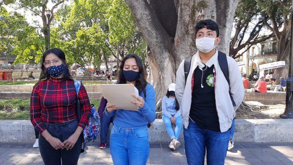 Normalistas de Educación Especial se pronuncian en la ciudad de Oaxaca; buscan ratificación