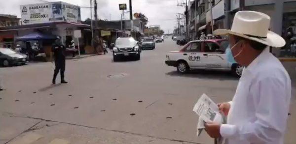 En Loma Bonita entregaron gacerta informativa del cuarto informe de Murat