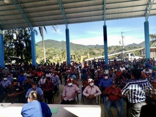 Renuncia Presidente de San Baltazar Loxicha; lo acusan de la muerte de un líder social
