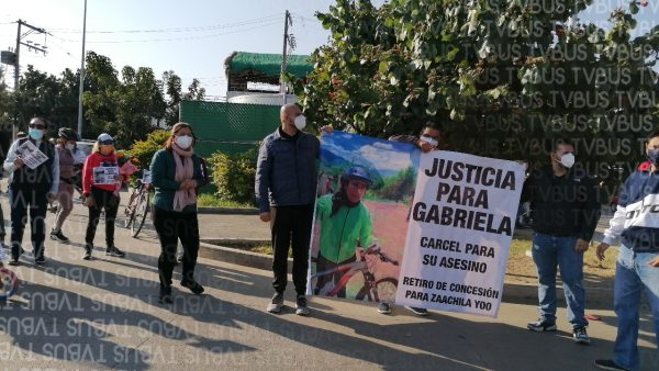 Familiares y amigos marchan en Xoxocotlán por la muerte de la ciclista Gabriela Soto