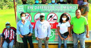 Defensores emprenden campaña para denunciar daños al muro boulevard