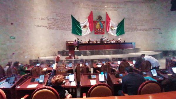 Diputados piden destitución de titular del OSFE en Oaxaca