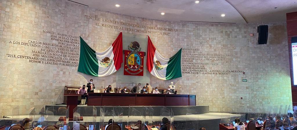 Se impone PRI ante el Congreso de Oaxaca con mayoría de MORENA, para aplazar comparecencias