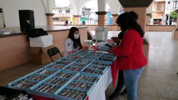 Inicia en Loma Bonita campaña de salud visual a bajo costo