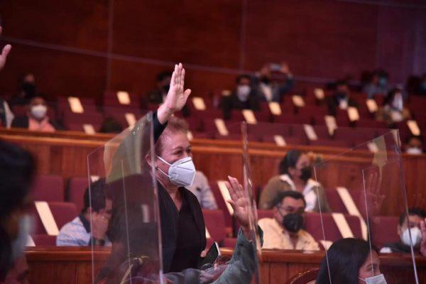 Sin discusiones y mayor problema, diputados aprueban Presupuesto para Oaxaca
