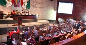 Suspenden sesión en Congreso de Oaxaca, no hay acuerdos para elegir a nueva mesa directiva