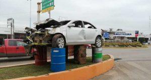 Instalan otro monumento a la imprudencia en Tuxtepec