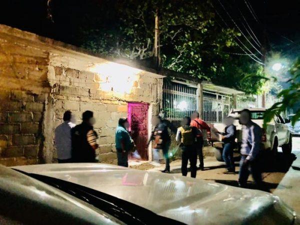 Fiscalía realiza cateo en el Istmo; asegura droga y detiene a cuatro personas