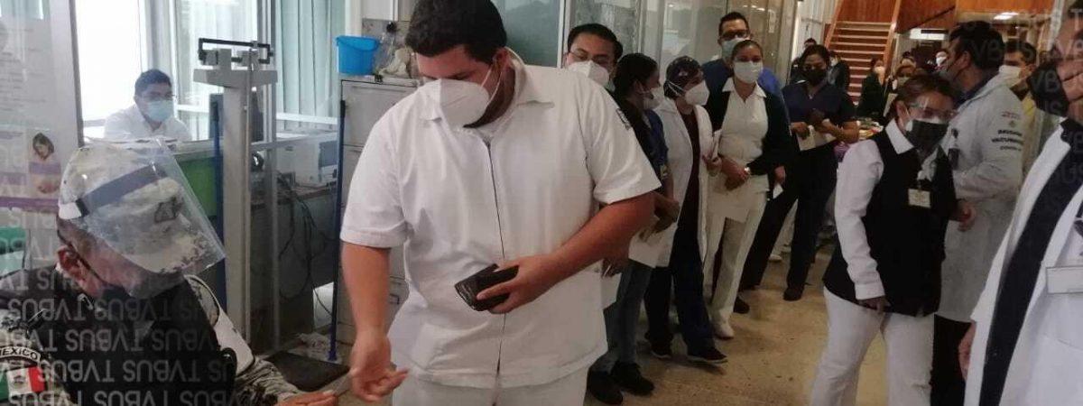 En febrero, podría terminar vacunación al personal de salud de la Cuenca