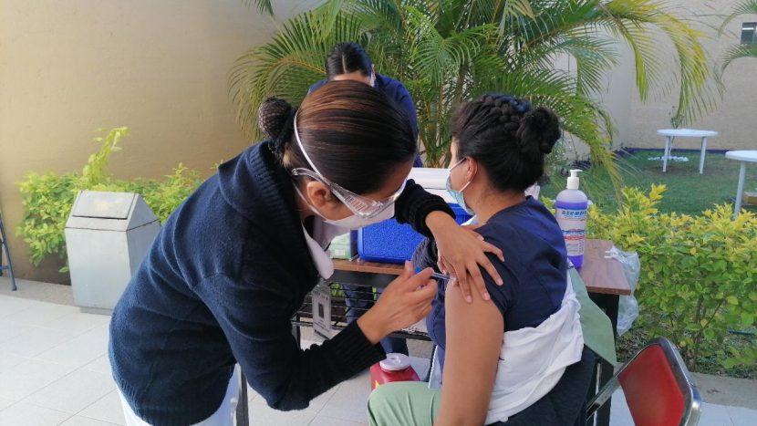 En Oaxaca se aplicaron todas las vacunas anti Covid que llegaron: SSO