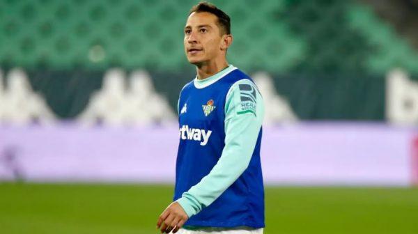 Andrés Guardado, capitan de la selección mexicana da positivo por Covid