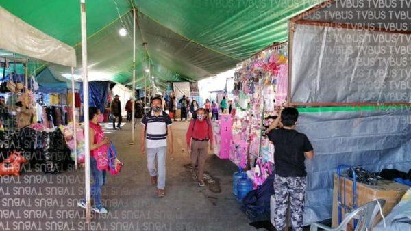 Abarrotados y con escasas medidas sanitarias, se instalan 800 comerciantes en la central de abasto de Oaxaca