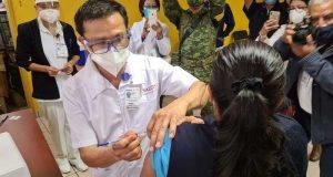 Da inicio la vacunación contra COVID-19 en 49 hospitales de Oaxaca
