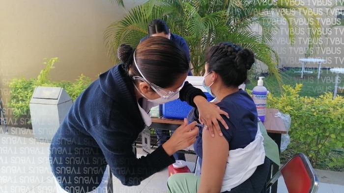 Inician aplicación de vacunas Covid en Oaxaca