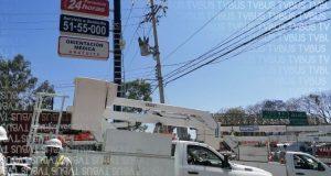 Trabajador se electrocuta cuando daba mantenimiento a anuncio luminoso, sufrió quemaduras leves