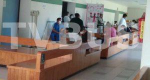 Personal de la clínica 64 del IMSS Tuxtepec, denuncian exclusión de la vacuna contra el covid