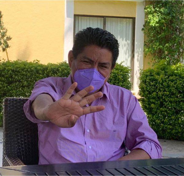 Irineo Molina gana la encuesta, es candidato en Tuxtepec