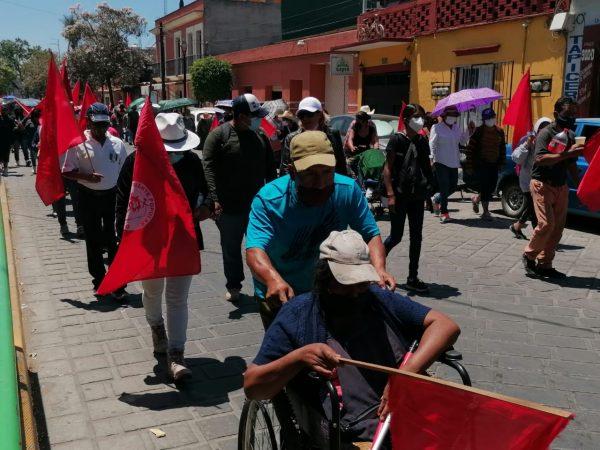 Continúa Frente Popular 14 de junio con protestas en Oaxaca, ahora marcharon y bloquearon cruceros de la capital