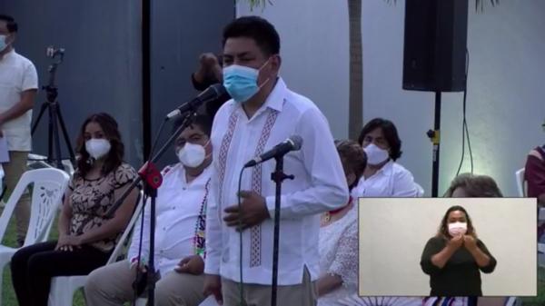Presenta el Candidato a la presidencia de Tuxtepec Irineo Molina su planilla