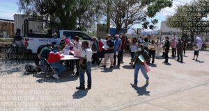 Falta de organización y nulos protocolos sanitarios en aplicación de vacuna Covid en Tlalixtac de Cabrera