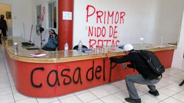 Militantes de Morena piden a Salomón Jara y Flavio Sosa que saquen sus manos del proceso interno