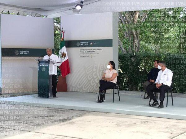 Reconoce AMLO la falta de carretera Tuxtepec-Oaxaca
