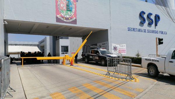 Sin dar a conocer acuerdos, levantan paro policías estatales de Oaxaca