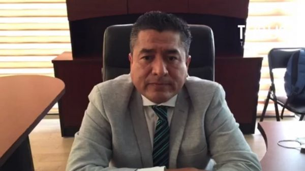 Arsenio Mejía se defiende de acusaciones, señala a padre de edil de estar detrás de manifestación