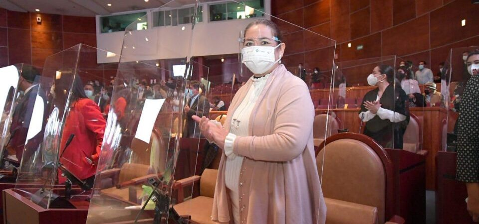 Se reelegirá Diputada local María de Jesús Mendoza, ahora va por el PRI