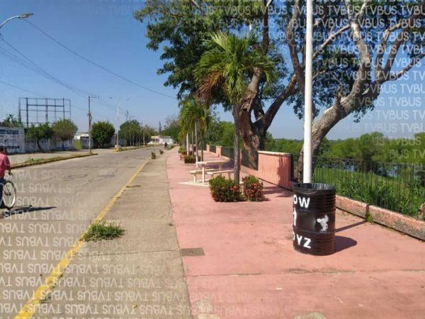 Empiezan limpieza del muro boulevard de Tuxtepec, lo cerrarán el próximo domingo