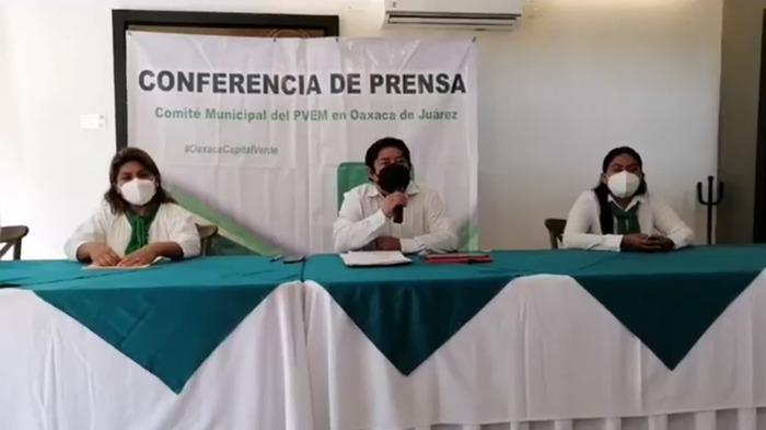 Estefan Gillessen desconoce proceso para selección de candidatos en Oaxaca de Juárez: Eduardo Reyes