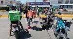 En Oaxaca, dan de baja a 2 elementos viales tras accidente con repartidores de comida; uno de ellos está bajo proceso