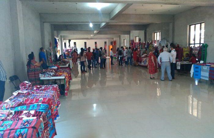 Primer tianguis artesanal, busca reactivar la economía y la vida cultural de Tuxtepec: Promotor