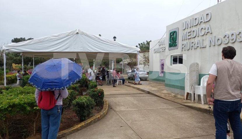 Rechazo a la vacuna en Chiltepec, disminuye el padrón de adultos mayores: Encargada de Bienestar