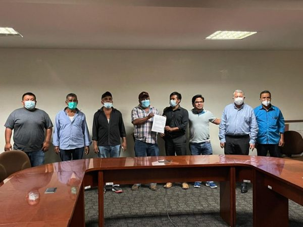 Se termina conflicto en Ayotzintepec, llegan a acuerdos